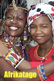 Fünf afrikanische Frauen verbreiten stimmstarke Weihnachtsatmosphäre ...