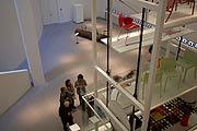 pinakothek der moderne sammlungen die neue sammlung. Black Bedroom Furniture Sets. Home Design Ideas