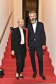 Michael Buhrs (Direktor Museum Villa Stuck),  Christiane Arp (Chefredakteurin VOGUE Germany) / VOGUE Preview Ausstellung in der Villa Stuck in München am 08.10.2019 / Foto: BrauerPhotos / G.Nitschke fuer VOGUE Deutschland