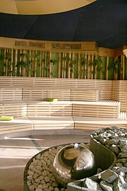 therme erding guter start f r die neue thermenwelt 2007 vorstellung neuer saunen am see im. Black Bedroom Furniture Sets. Home Design Ideas