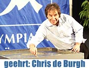 "Chris de Burgh in der Münchner Olympiahalle. ""The Storyman"" fand Aufnahme in den Munich Olympic Walk of Stars (Foto: Nathalie Tandler)"