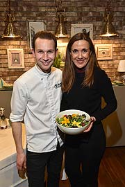 Susanne Gräfin von Moltke,  Jan Philipp Cleusters (Flowered Cuisine),  Spring into Style, Edible Flowers Workshop in Ingolstadt Village am 7.03.2018 Foto: BrauerPhotos / G.Nitschke für Ingolstadt Village