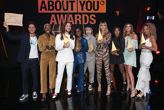 Michael Fritz, Nikeata Thompson, Riccardo Simonetti, Sandra Lambeck, Brian Havarie, Heidi Klum, Eunique Cudo Berkeley, Sarah Harrington and Natasha Kimberlybei den 3. ABOUT YOU Awards am 20.04.2019 in den Münchner Bavaria Studios (©Photo: Gisela Schober/Getty Images für ABOUT YOU)