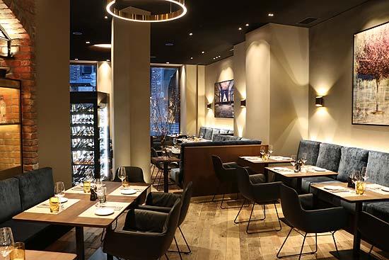 Leger Am Dom Das Neue Restaurant Der Familie Able Eroffnete Am