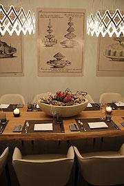 restaurant bayerisches nationalmuseum bnm er ffnete im m rz 2011 fine dining mit caf. Black Bedroom Furniture Sets. Home Design Ideas