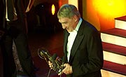 "Gottfried John mit dem ""DIVA – Hall of Fame European Award"" (Foto: Martin Schmitz)"