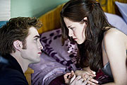 Edward (Robert Pattinson) und Bella (Kristen Stewart)