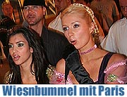25.09.2006 Late Night auf der Wiesn: Paris Hilton im Olympialooping (Foto: Martin Schmitz)