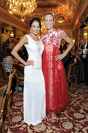 Joana Danciu (Modedesignerin) und Dr. Christine Theiss (Kickbox Weltmeisterin) (Kleid von Joana Danciu) Sheba Medical Center Charity Gala im Hotel Hermitage in Monte Carlo / Monaco am 30.07.2015  Foto: BrauerPhotos © G.Nitschke