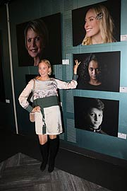 "Schauspielerin Louisa von Spies bei der Vernissage ""We are all the same"" im Le Mèridien (©Foto: Martin Schmitz)"