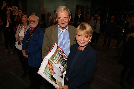 "Uschi Glas und ihr Mann Dieter Hermann bei der Vernissage ""We are all the same"" im  Le Méridien Münchenv(©Foto: Martin Schmitz)"