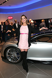 Sky Moderatorin Karolin Oltersdorf Photo Gisela Schober/Getty Images für Bugatti