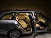 mercedes benz das neue t modell der c klasse kostet in deutschland je nach motorversion. Black Bedroom Furniture Sets. Home Design Ideas