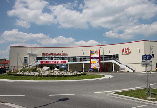 Hep - Das Holzkirchner Einkaufsparadies, Eröffnete Anfang Juli