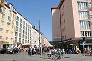 the latest 3d853 8a00e Einkaufsstraßen in München: Hohenzollernstrasse in Schwabing ...